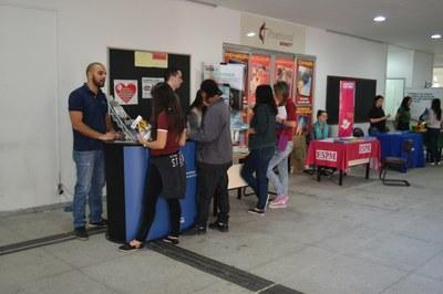 Semana de Informação Profissional orienta alunos sobre profissões e mercado de trabalho